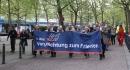 Mit einer Prozession ging es vom Hermann-Ehlers-Platz zum Friedrichsruher Platz.