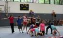 Was man alles in der neuen Sporthalle machen kann, zeigten die Schüler in einem kleinen Programm ...