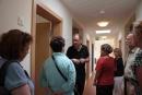 Wohnstättenleiter Stefan Mantel führte die Gäste durchs Haus.