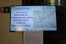 Anzeigentafeln informieren die Bevölkerung über die wichtigsten Entwicklungen.