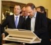 Thomas Heilmann ist nicht nur Senator, sondern auch Steglitz-Zehlendorfer. Auch er trug sich ins Goldene Buch ein.