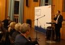 Im Rathaus Zehlendorf stellte sich Michael Müller Bürgerfragen.