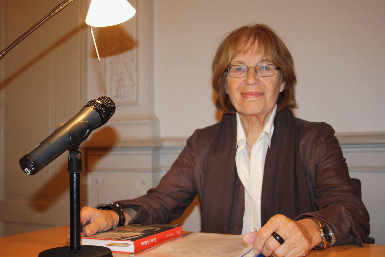 """""""Wir sind angekommen"""": Marianne Suhr liest aus Interviews mit Eingewanderten"""