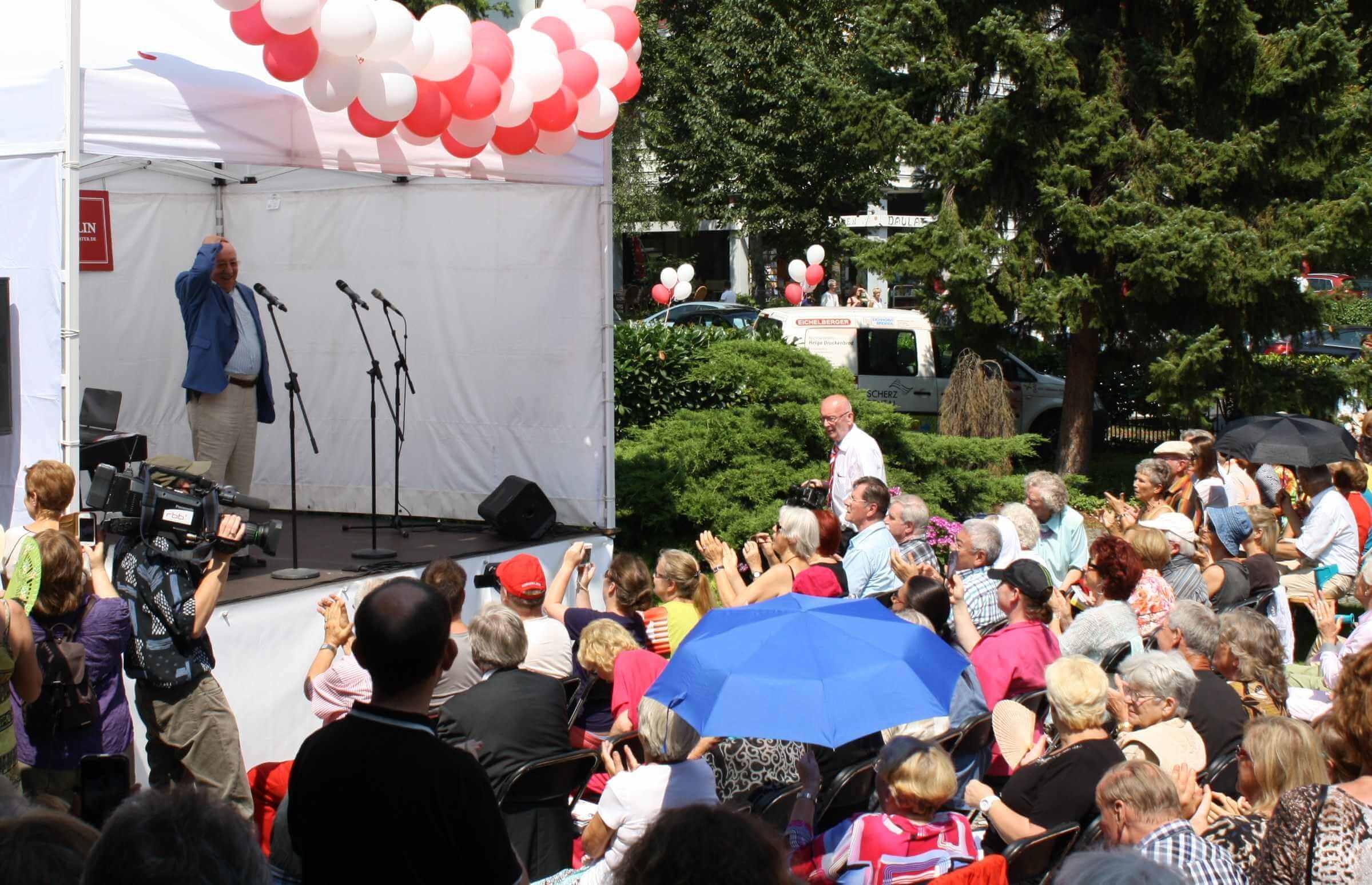 Schlosspark Theater lädt wieder zum Sommerfest ein