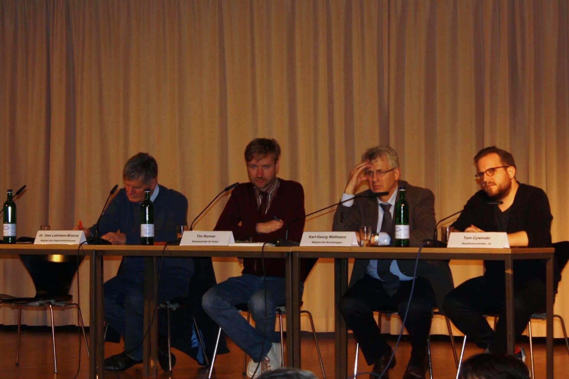 """""""Dahlem quer und neu denken"""": Kulturstaatssekretär Renner diskutierte über Zukunft des Museumsstandorts"""
