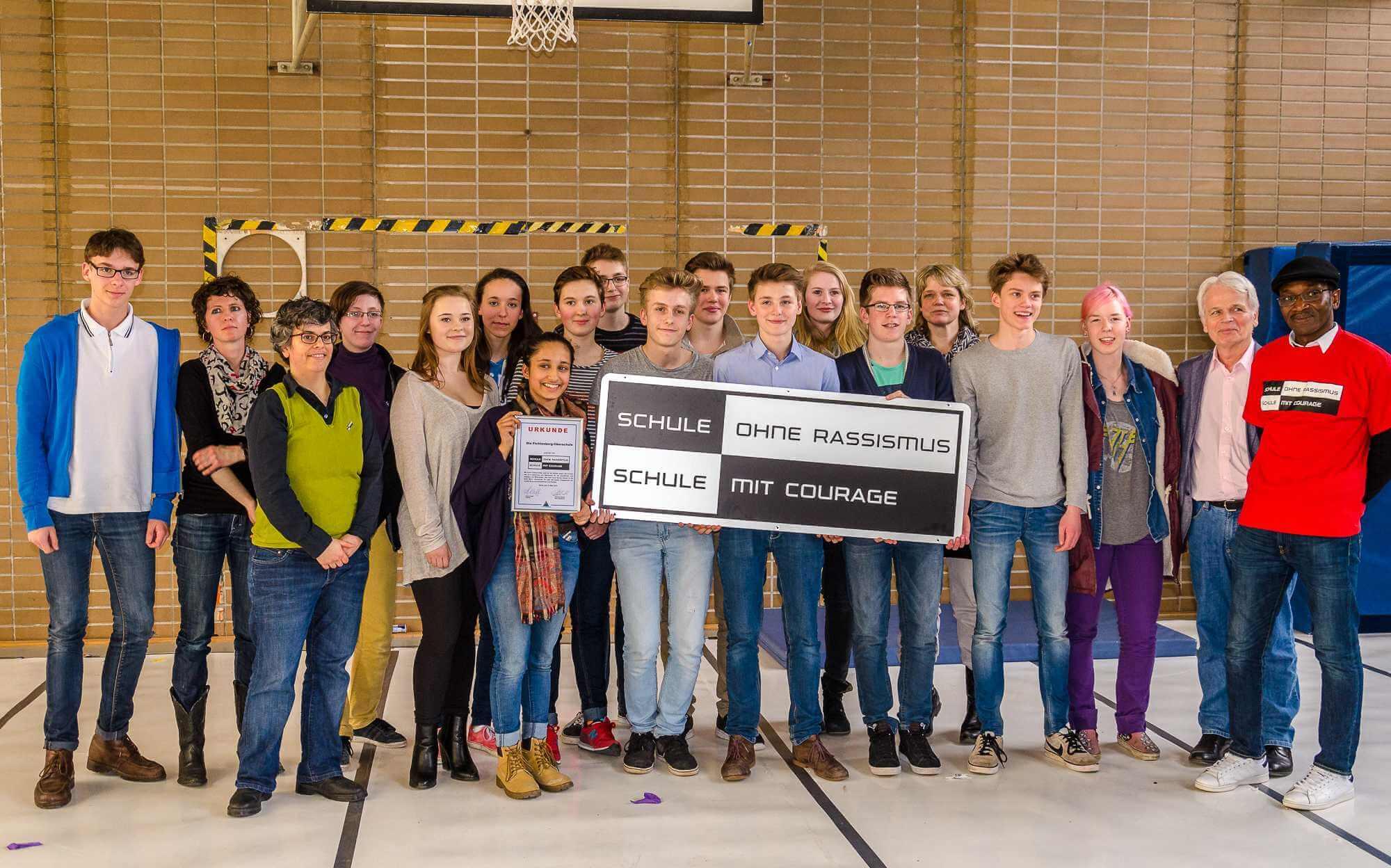 Kein Platz für Diskriminierung: Fichtenberg-Oberschule als Schule ohne Rassismus ausgezeichnet