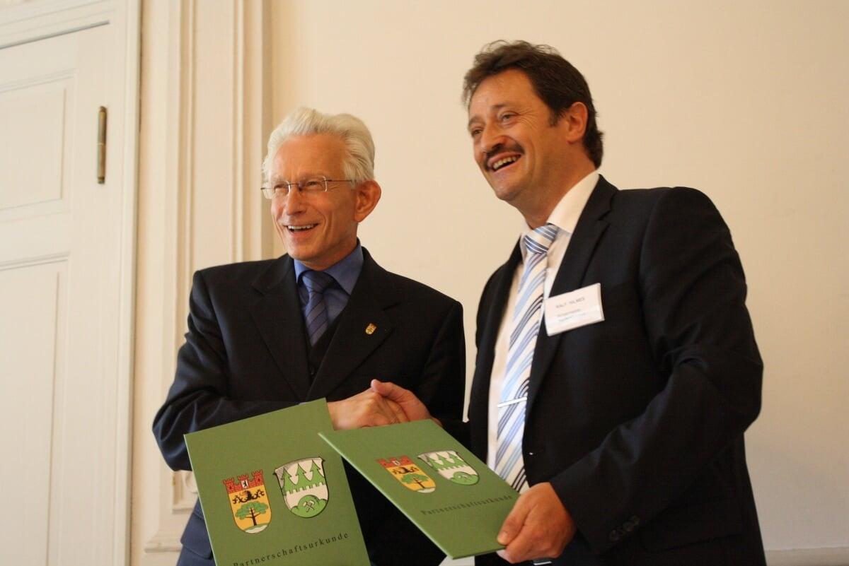Voll Wärme und Herzlichkeit: 50 Jahre Städtepartnerschaft zwischen Steglitz-Zehlendorf und Nentershausen