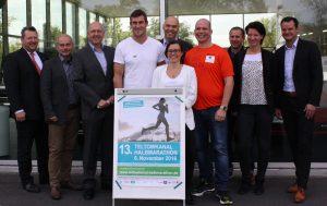 Veranstalter, Teilnehmer und Unterstützer des Teltowkanal-Halbmarathons freuen sich auf die 13. Auflage des Rennens. Foto: Gogol