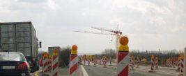 Stau, Verkehr (Symbolbild) Foto: Claudia Hautumm / pixelio.de