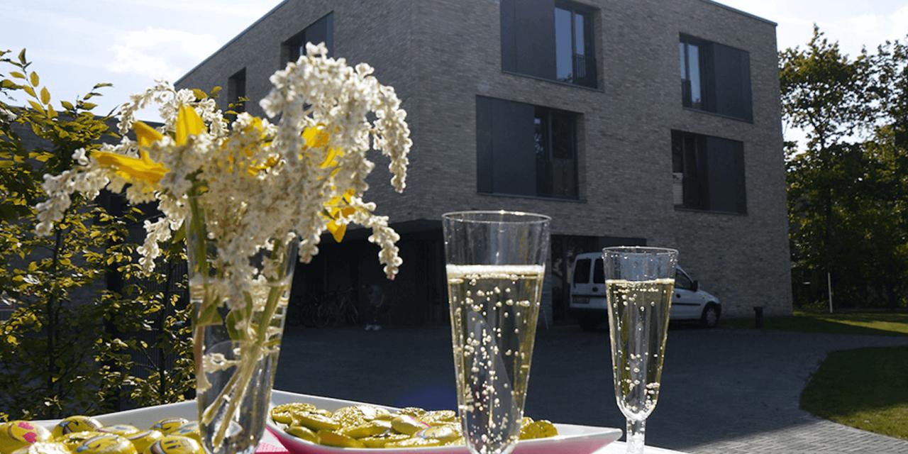 Wohnraum für Menschen mit Behinderung in Lichterfelde: Lebenshilfe weiht neues Wohnprojekt ein