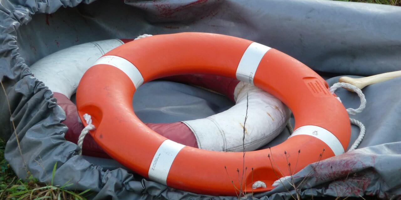 Betrunkene klauen Schlauchboot und kentern damit auf Wannsee