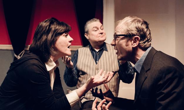"""Daniel Glatthauers Komödie """"Die Wunderübung"""" im Steglitzer Zimmertheater"""