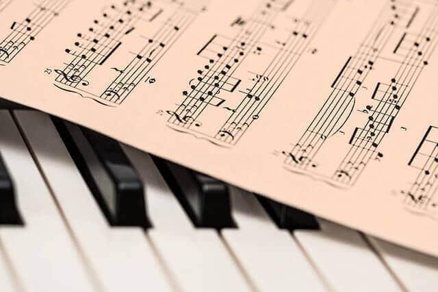 Leo Borchard-Musikschule bietet Musiktherapie für Kinder und Erwachsene