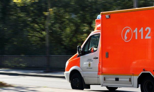 Fußgänger von Lastwagen überrollt