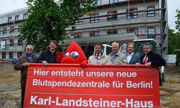 Blut spenden in Steglitz: Das neue Institut für Transfusionsmedizin soll 2018 eröffnen