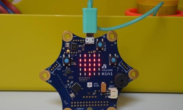 Mit diesem Computer sollen Drittklässler der Alt-Lankwitzer Grundschule Programmieren lernen