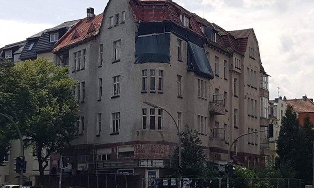 """Wie geht es weiter mit dem """"Geisterhaus"""" am Gardeschützenweg?"""