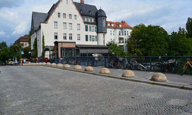 Informationsveranstaltung zur Teilsperrung der Moltkebrücke
