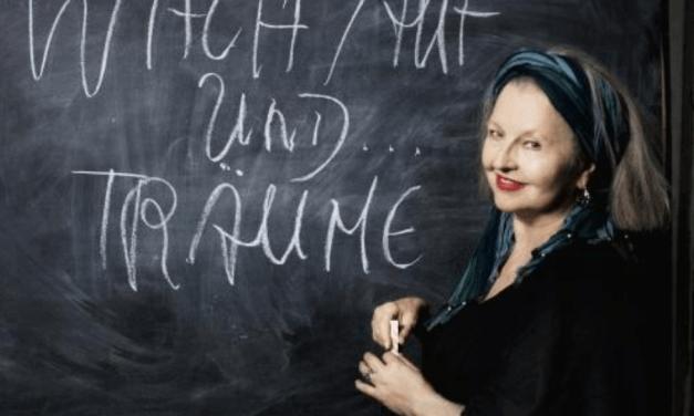 Benefiz-Lesung mit Hanna Schygulla in der Schwartzschen Villa