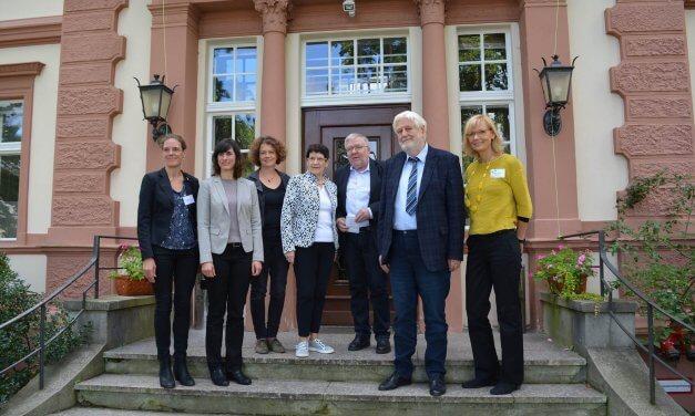 """Kosmos Mittelhof"": Fachtag zum 70-Jährigen"