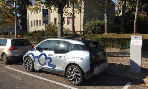 Am U-Bahnhof Krumme Lanke gibts jetzt eine Ladestation für Elektroautos
