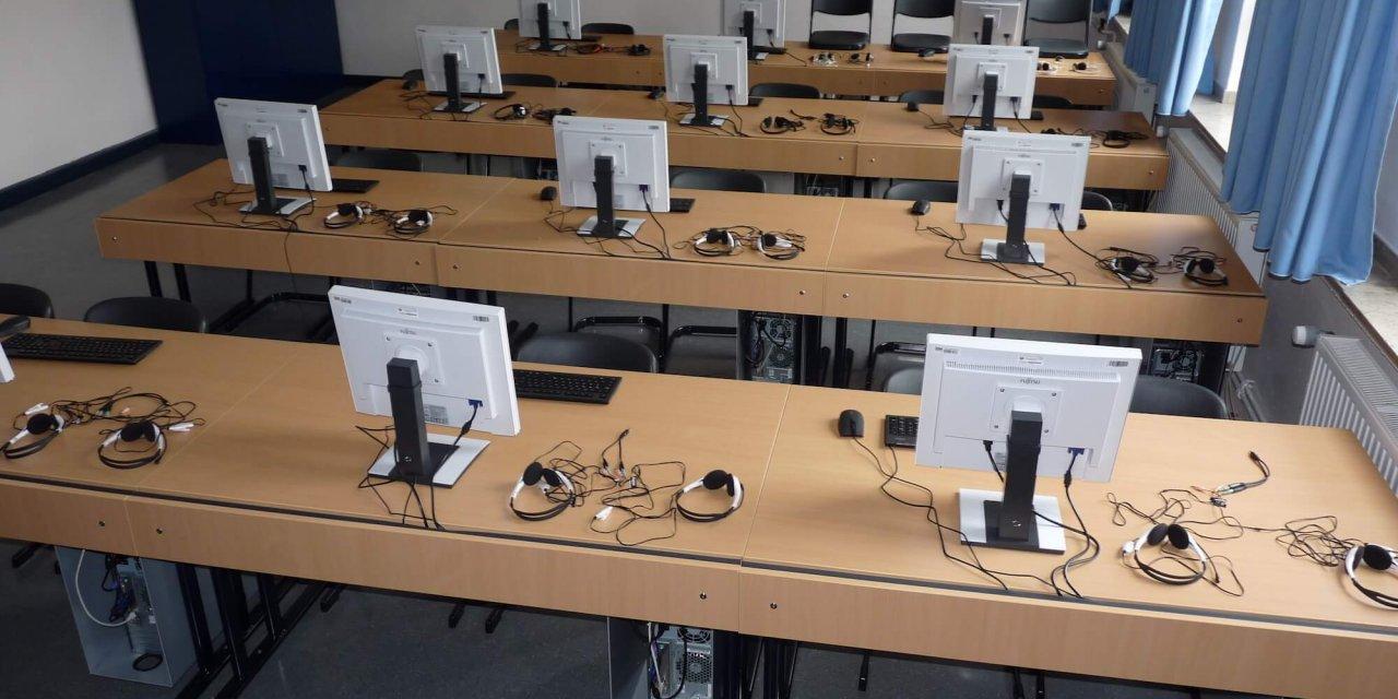 Lichterfelde: Einbruch in Schule – Computer im Wert von 34.000 Euro gestohlen