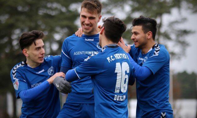 Mit guter Einstellung zum Erfolg: Hertha 03 Zehlendorf schlägt Brandenburg 2:0