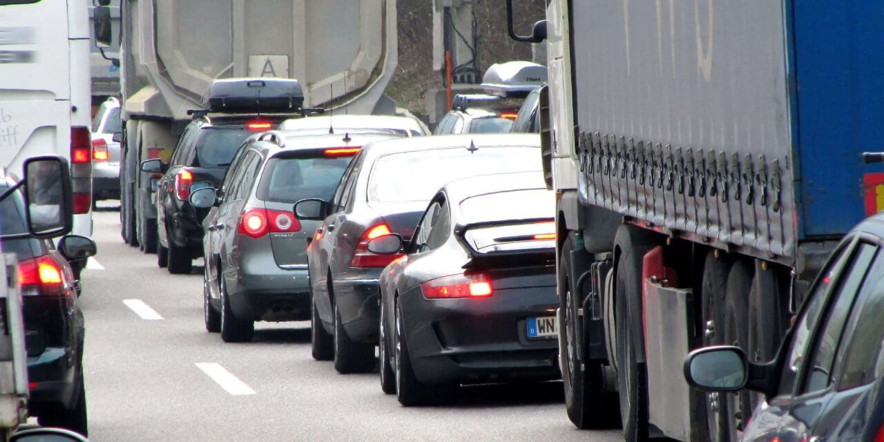A115 am Kleeblatt Zehlendorf am Wochenende vollgesperrt
