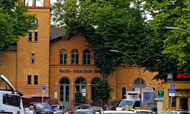Kunst, Musik und Eisenbahnen: Sommerfest am Bahnhof Lichterfelde West