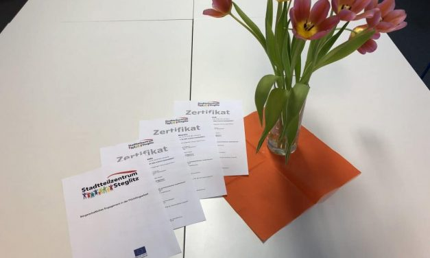 Erfolgreiches Projekt: Stadtteilzentrum Steglitz qualifiziert Arbeitslose in Arbeit mit Geflüchteten