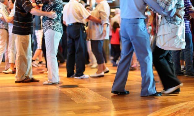 Tanzen ausdrücklich erwünscht – Einladung zur Ü70-Party