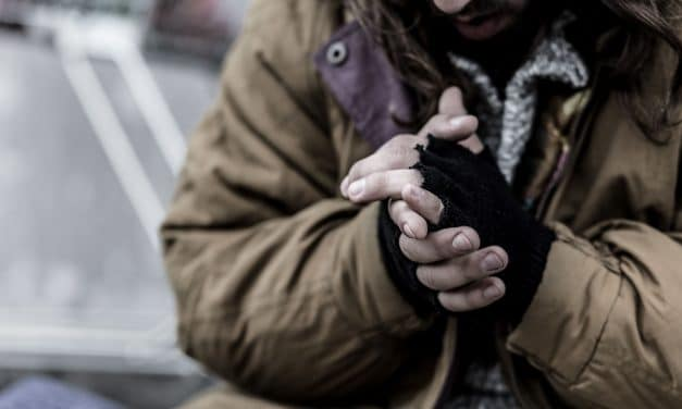 Obdachlosigkeit in Berlin – Warum es sie gibt und was dagegen getan wird