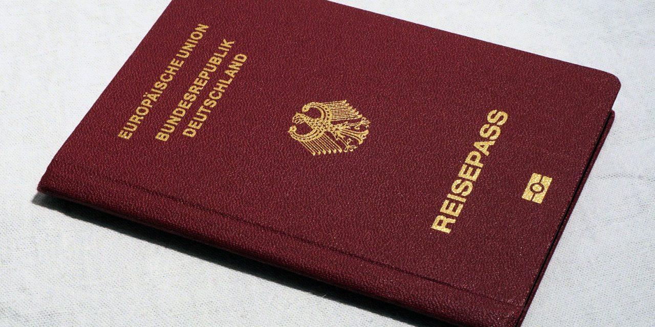 Neuer Ausweisautomat im Bürgeramt Steglitz