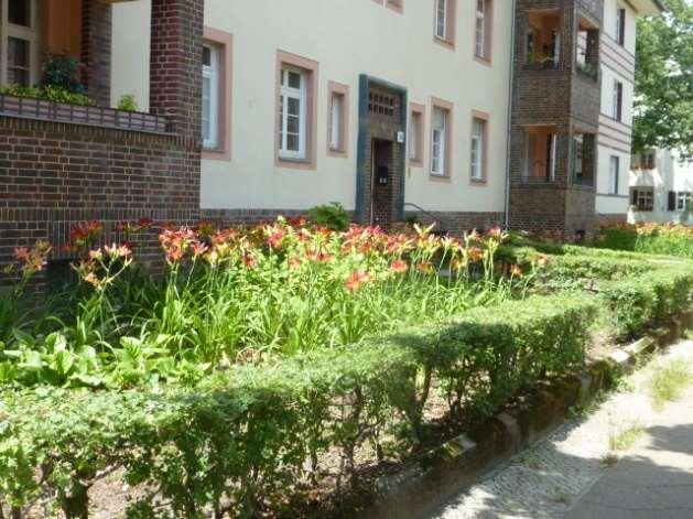 Denkmal des Monats – Lilien-, Hortensien- und Tulpenblöcke