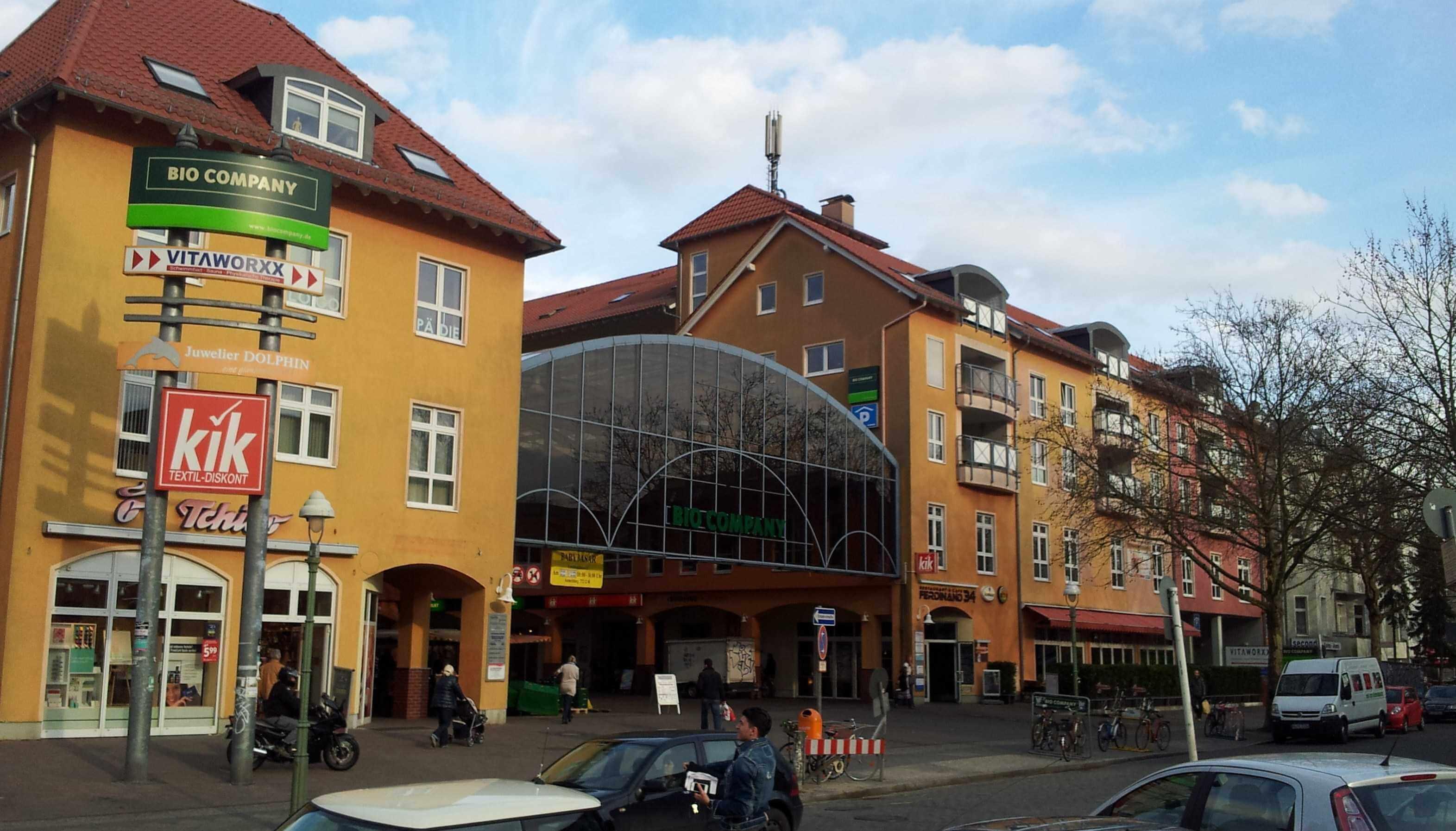 Vor-Ort- und Webpräsenz des Standortmanagements Kranoldkiez